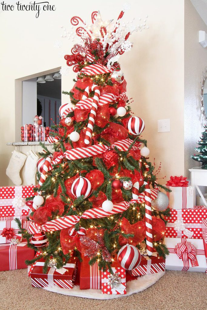 Peppermint Themed Christmas Tree